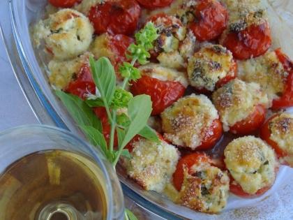 Čeri paradajz punjen sirom