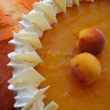 Cheesecake sa vinogradarskim breskvama i lešnikom
