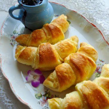 Kroasani (Croissants)