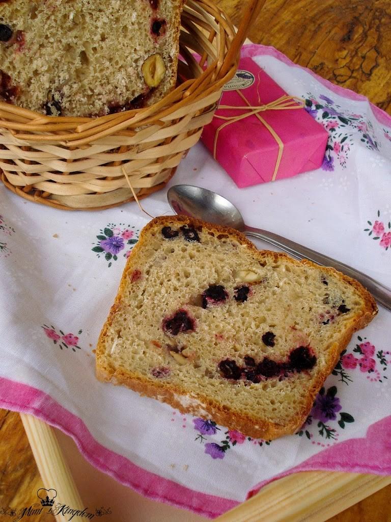 Slatki hleb sa voćem 2