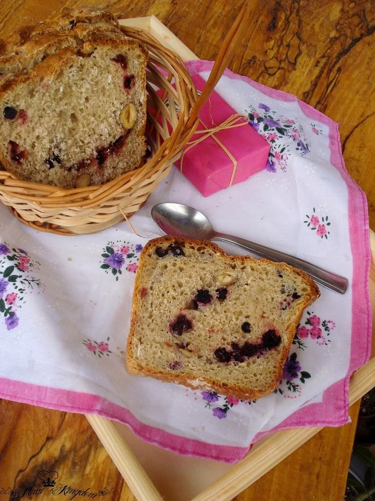 Slatki voćni hleb 1