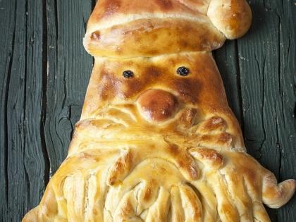 Deda Mraz hleb - pravo praznično pecivo
