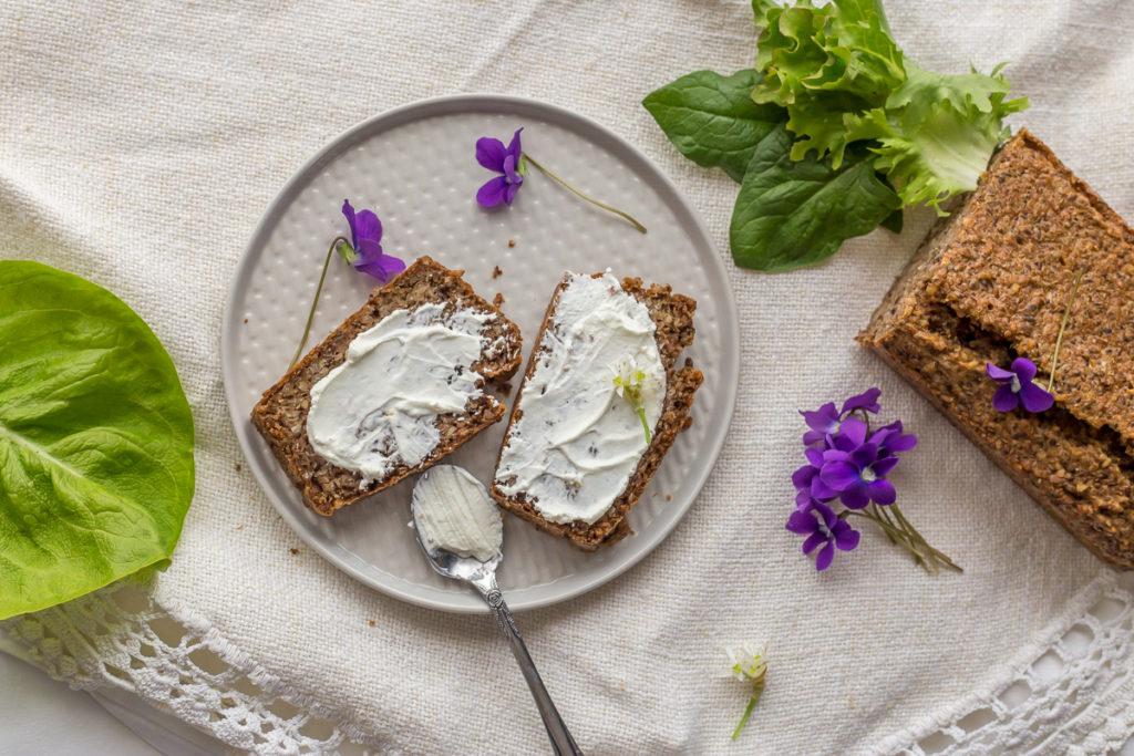 Hleb sa heljdom, bez bilo koje vrste brašna
