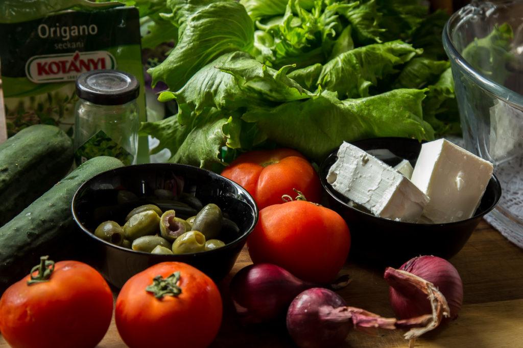 Sveže povrće za grčku salatu