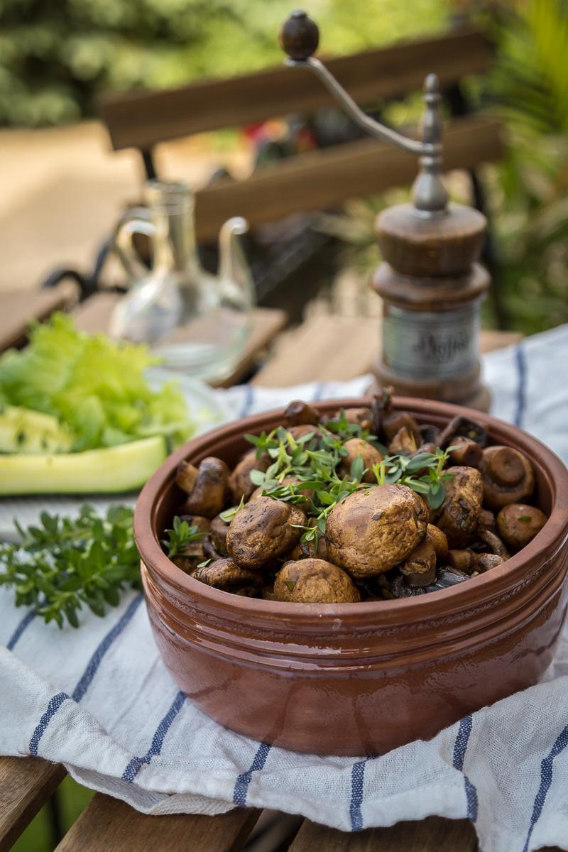 Šampinjoni iz rerne sa soja sosom, acetom balzamicom i belim lukom