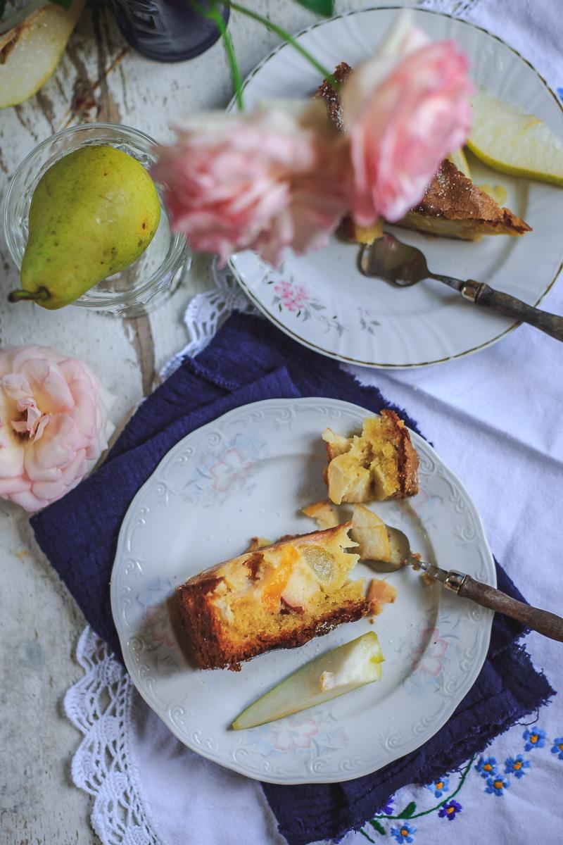 Jednostavni i fini kolač sa kruškama