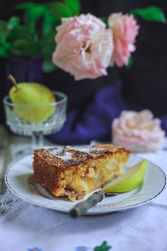 Fini kolač sa kruškama ili jabukama