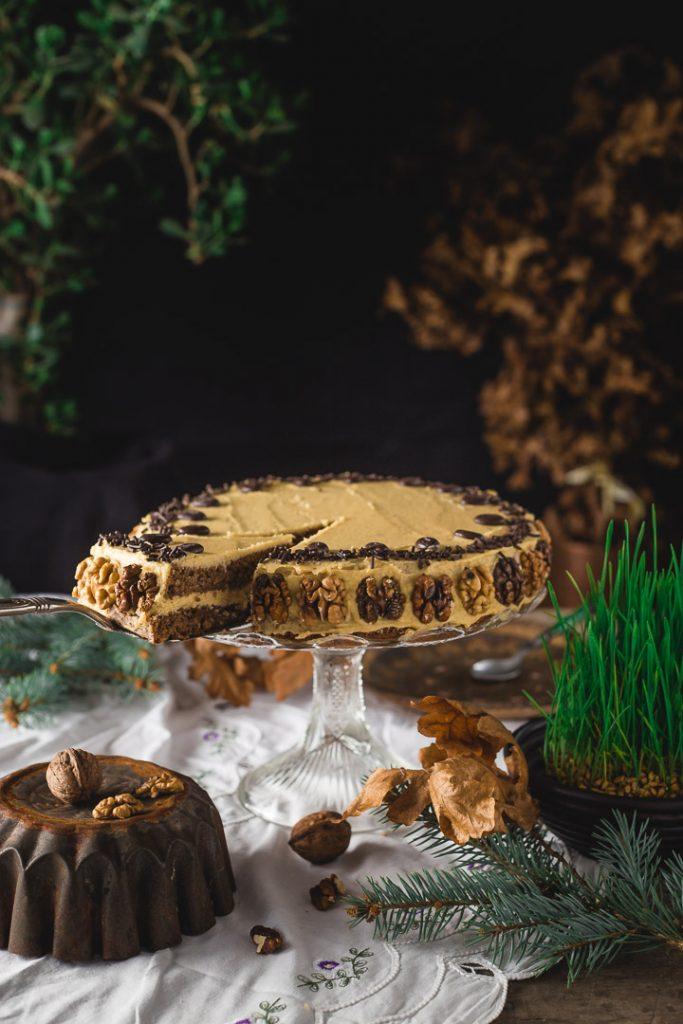 Mikado torta sa orasima, puterom i kafom