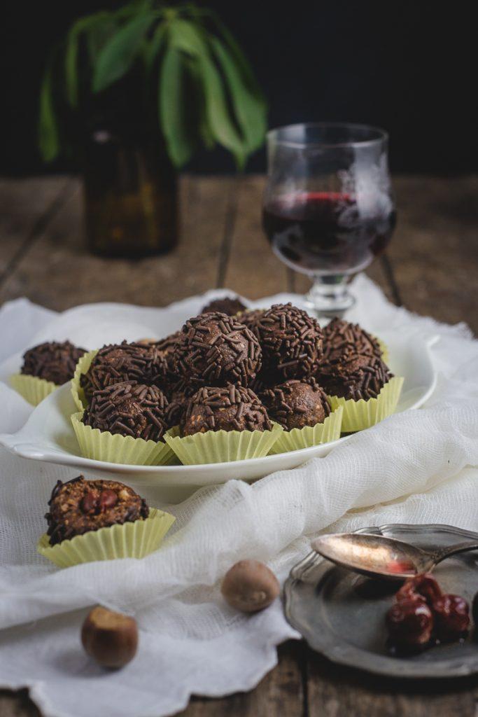 kuglice sa čokoladom i pečenim lešnicima