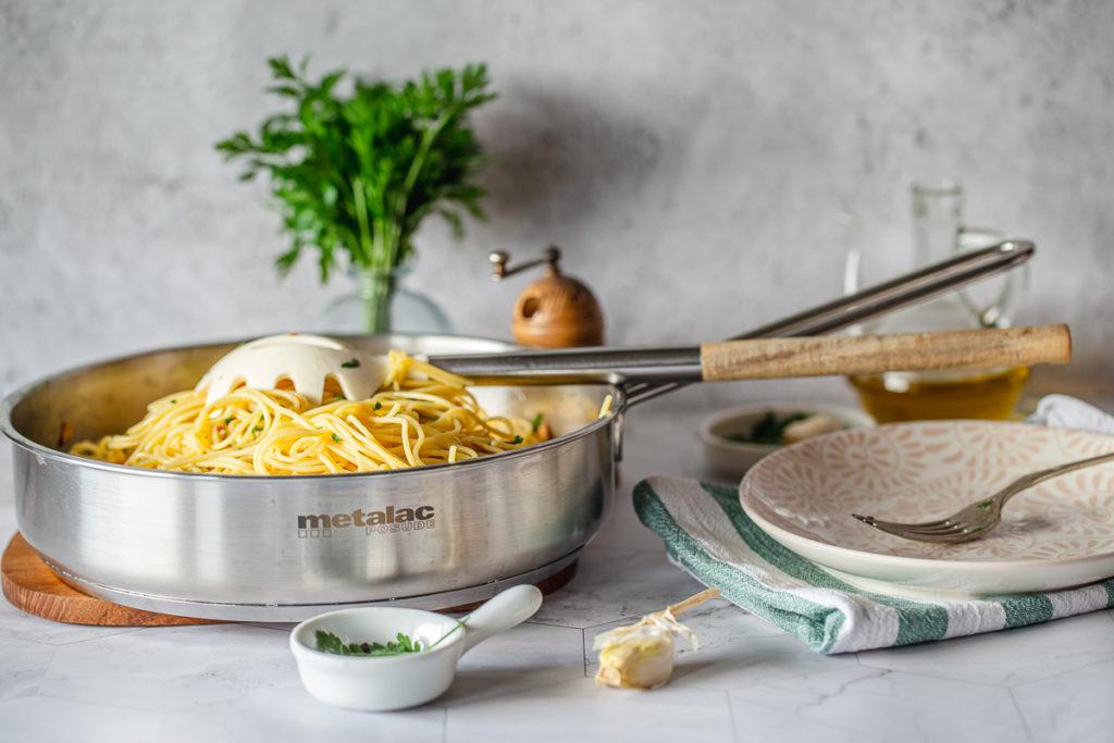 Špagete olio e aglio