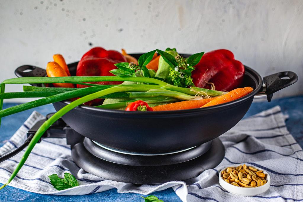 električni wok