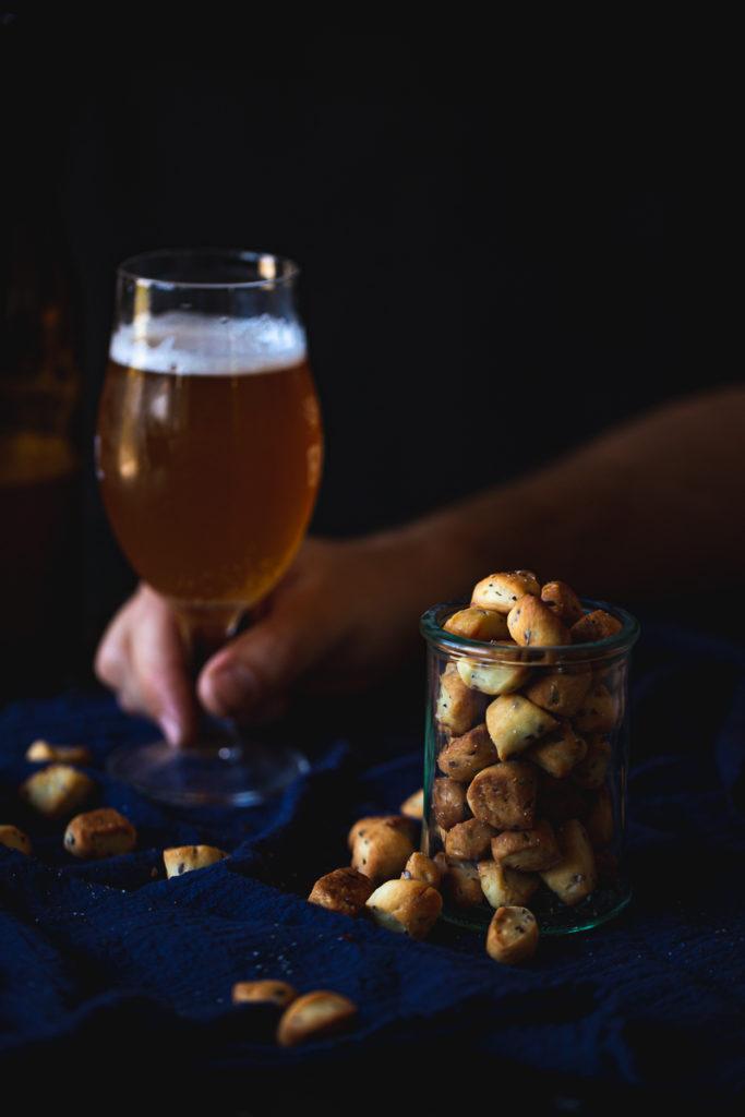 pivo i grickalice