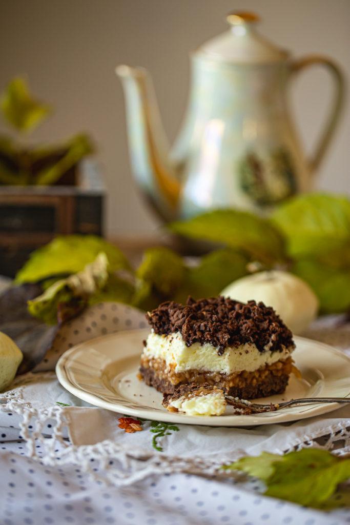 starinski kakao kolač sa jabukama