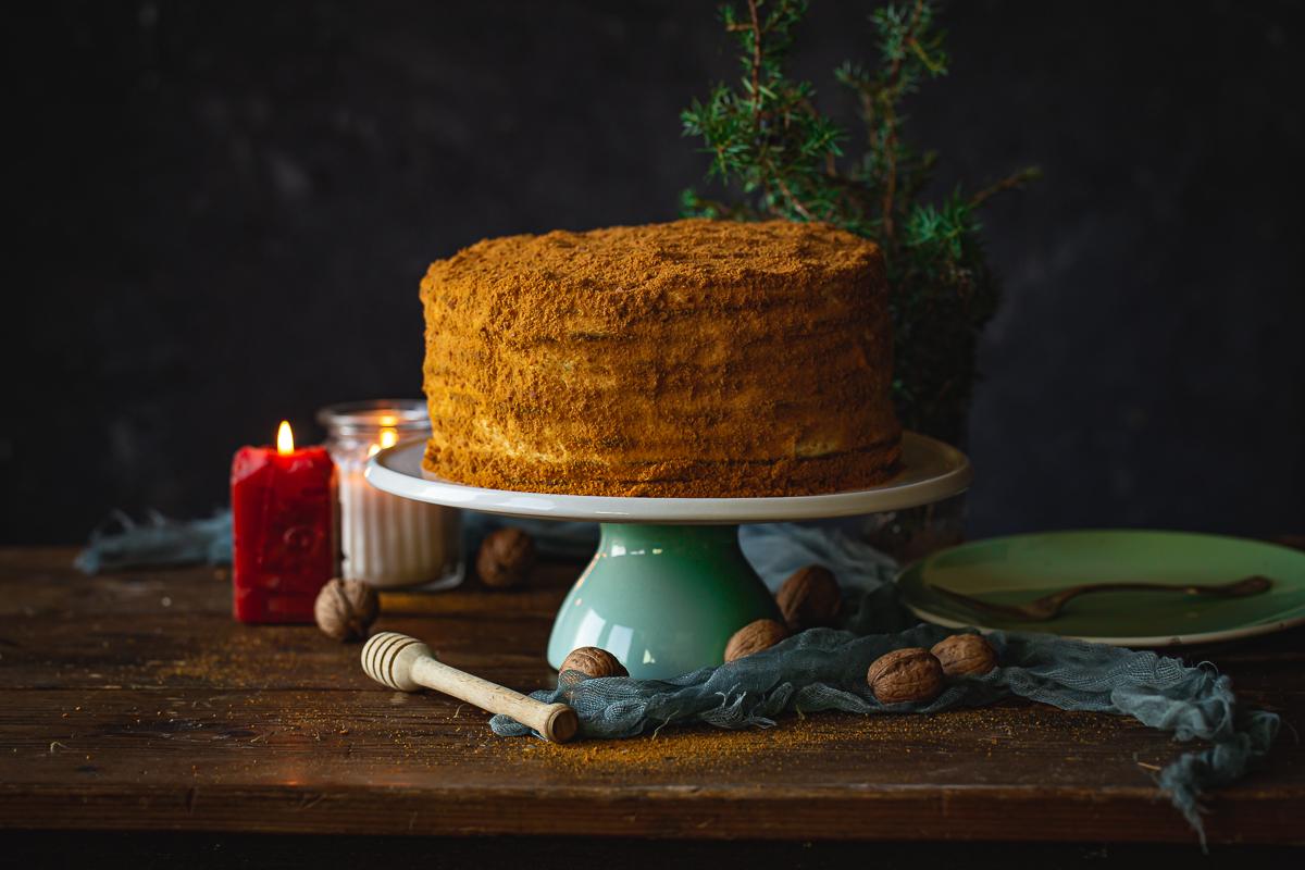 medovik svečana ruska torta
