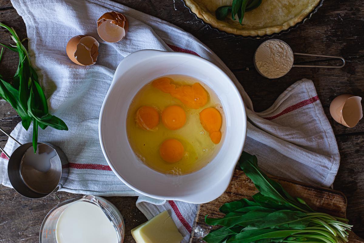 Jaja u posudi za kiš