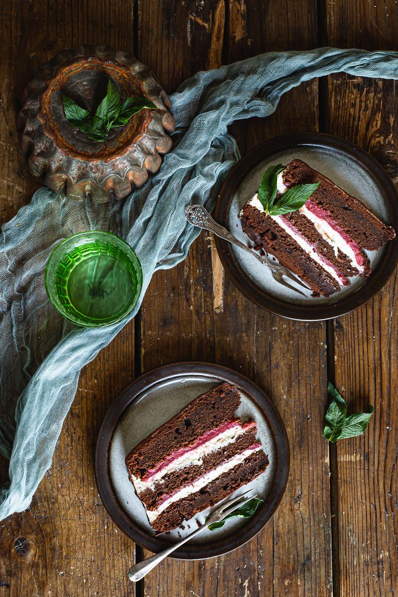 Torta sa jagodama pogled odozgo