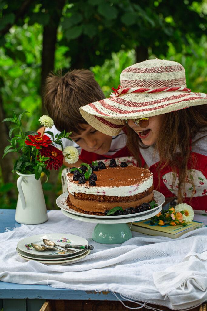 Ićko, Teja i torta
