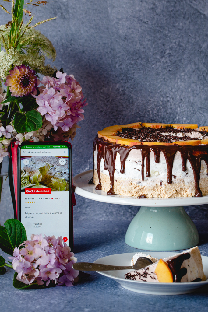 Torta grčki sladoled i aplikacija Coolinarika